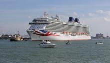 P&O Cruises Britannia Arriving in Southampton